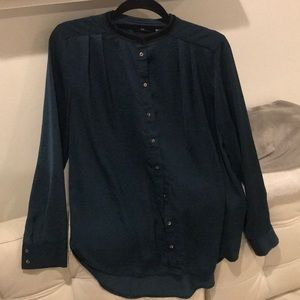 H&M green button down blouse